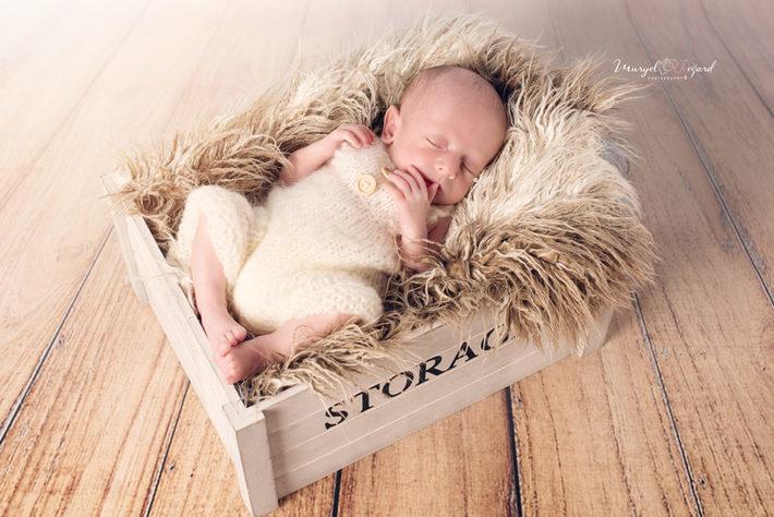 baby_photo_muryel_regard_photographe_de_maternite_bebe_familles_enfant_annecy_geneve_paris_0993