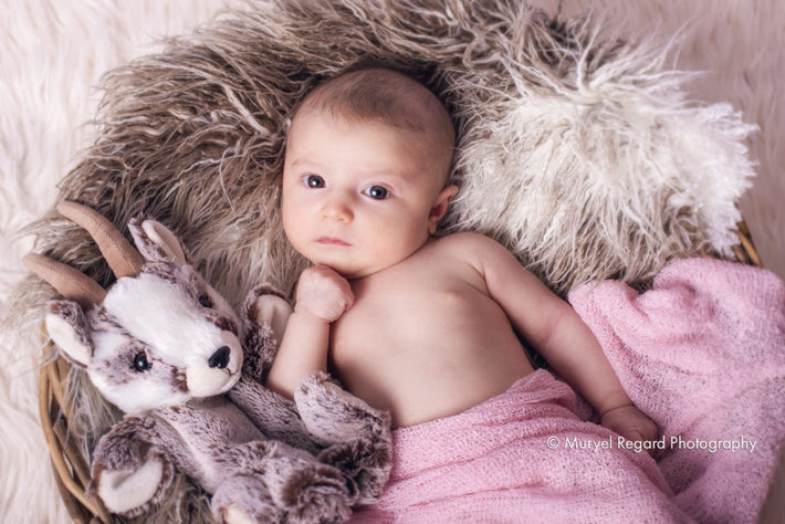 baby_photo_muryel_regard_photographe_de_maternite_bebe_familles_enfant_annecy_geneve_paris-4110
